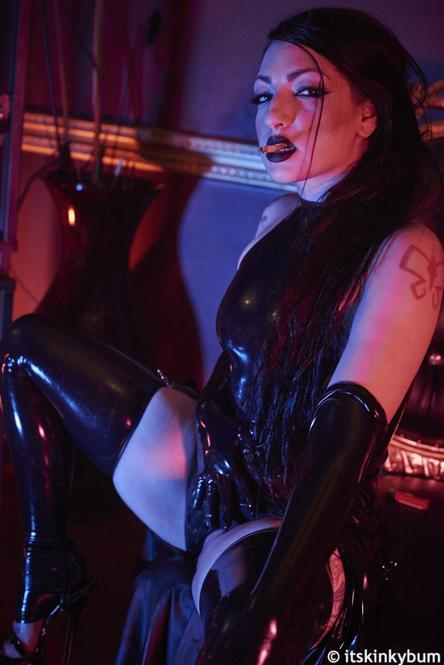 Cybill Troy Leather