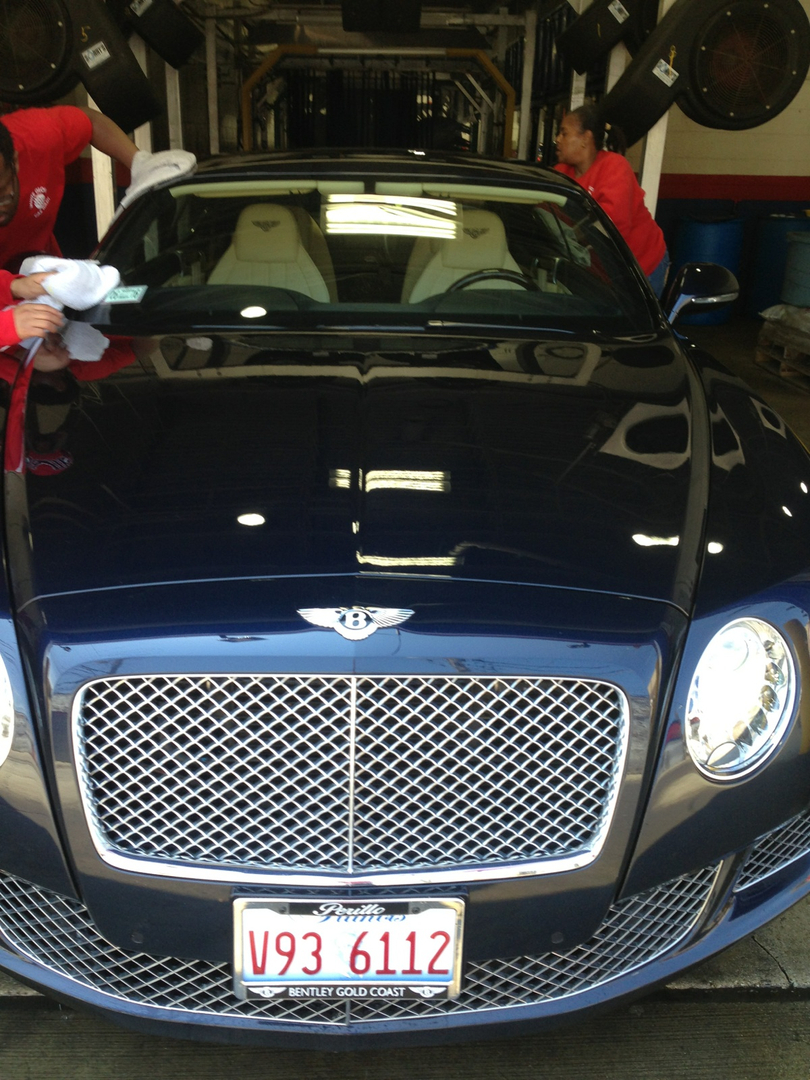 Car wash auto detailing white glove car wash chicago il we are committed to washing cars its the only thing we do here most importantly is providing you service with honesty quality and value solutioingenieria Gallery