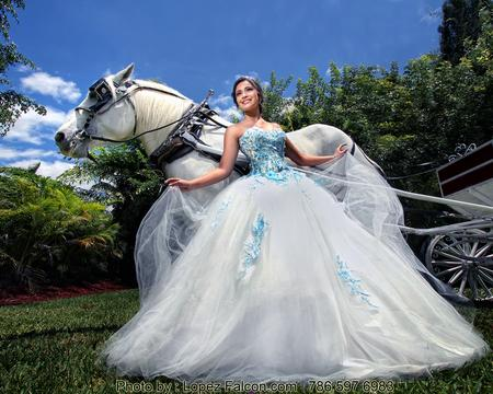 QUINCES MIAMI QUINCEANERA WITH HORSE WHITE HORSES PHOTOGRAPHY VIDEO DRESSES