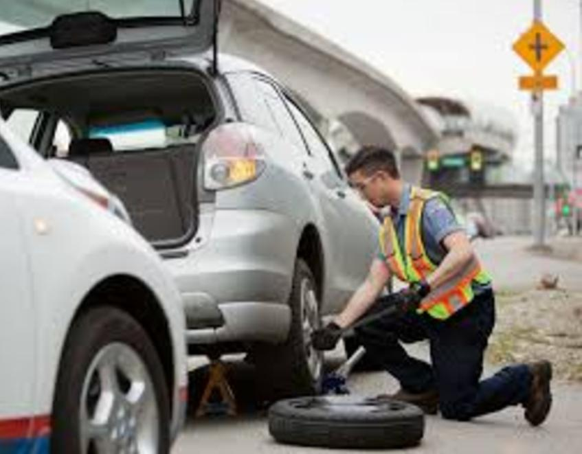 Roadside Assistance Services and Cost in Omaha NE | FX Mobile Mechanic Services