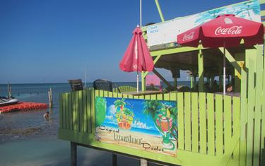Caye Caulker's Only Over-Water Bar