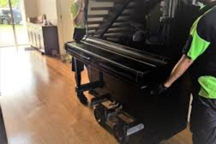 Looking for Piano Removal in Omaha NE? We provide top piano disposal serving Omaha NE and all Omaha Nebraska! junk removal Omaha NE From small scale garage cleanout couch sofa bed removal to Piano Removal Omaha NE – Fast Piano Disposal. Cost of Piano Removal? Free estimates! Call today or book Piano Removal online fast!