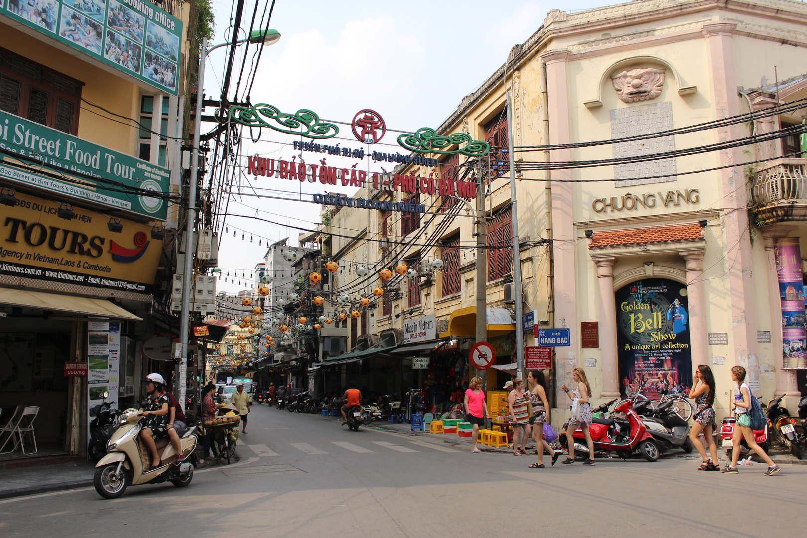 7 days in Hectic Hanoi!