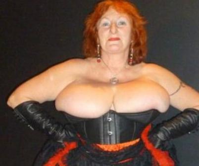 older mistresses on webcam, older femdoms, old dominatrix