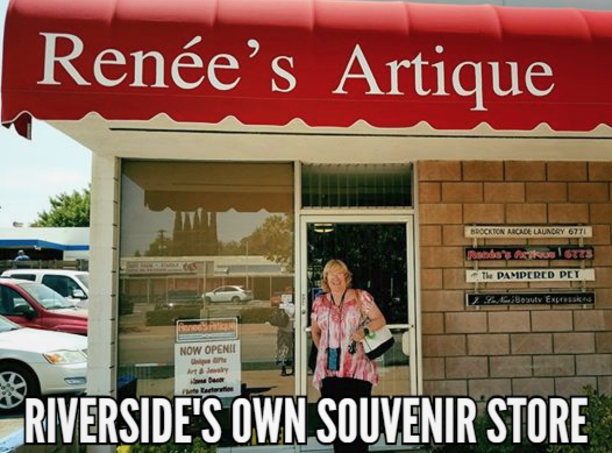 front door of Renees Artique Riversides own souvenir store