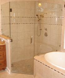 Frameless shower large neoangle