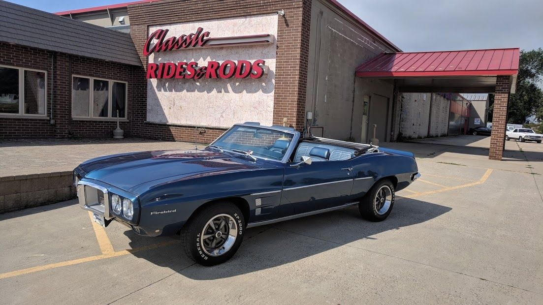 Classic Rides And Rods Classic Car Dealers Sales Consignment - Minneapolis muscle car show