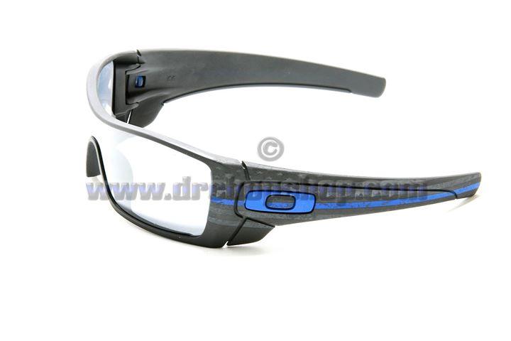 04fa332bf0  265 Oakley Batwolf Thin Blue Line Subdued Flag Revant Titanium Polarized