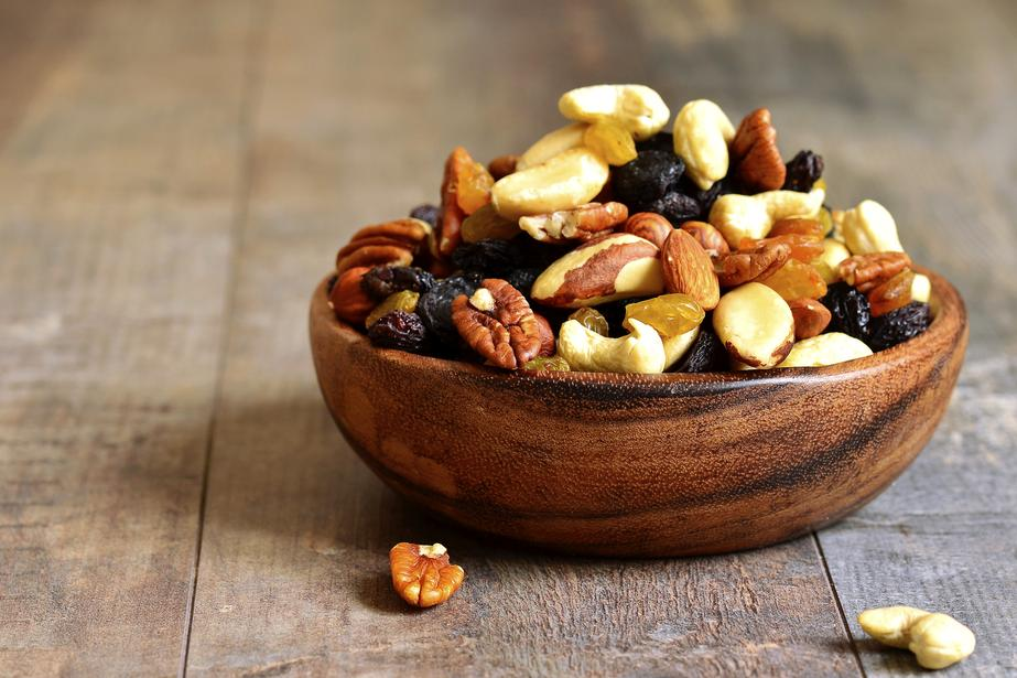 Healthy snacks, nuts, nutrition, healthy lifestyle, FormMe recipes, FormMe ebooks, Nutrition,
