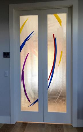 modern architectual glass, contemporary design, glass overlay, sandblasted glass, calgary stained glass, calgary artist