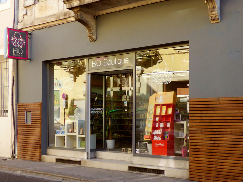 La facade du magasin Bio Boutique de Nimes