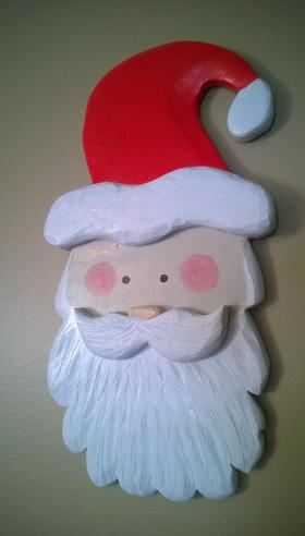 Easy DIY Carved Santa Face Christmas Decoration. FREE step by step instructions. www.DIYeasycrafts.com