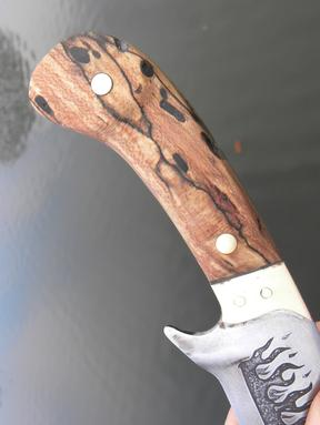 DIY Leaf spring knife with metal etched flames and a handle made from firewood. FREE step by step instructions. www.DIYeasycrafts.com