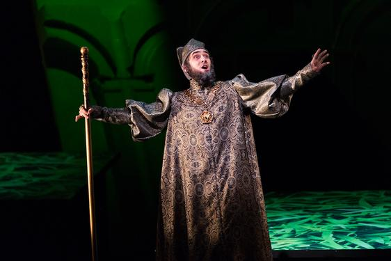 Ariodate in Xerxes, The Glimmerglass Festival 2017, photo by Karli Cadel