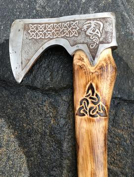 How to make a Viking Battle Axe, complete with dragon and Celtic blade etching, from an old rusty axe head. FREE step by step instructions. www.DIYeasycrafts.com