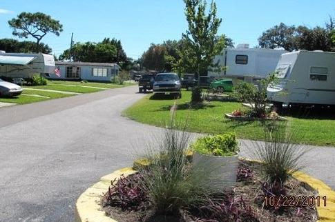 Views of Richmar Mobile Home Park front driveway