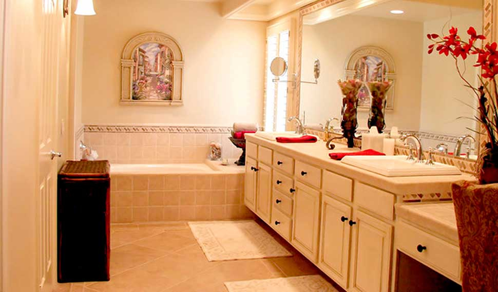 House Cleaning Services Professional Maid Service Dublin Oh - Professional bathroom cleaning company