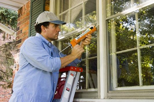 Leading Window Caulking Services And Cost In Edinburg McAllen TX| Handyman Services of McAllen