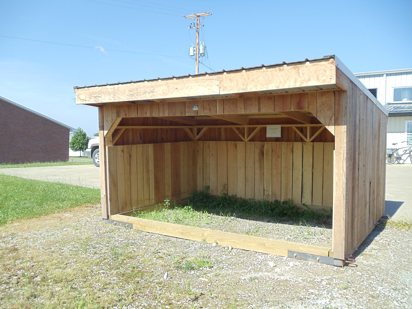 Our Goat Sheds Are Fully Portable Durable Little Shelters And Quite Versatile To Accommodate A Variety Of Different Animals Including Ponies Goats Sheep