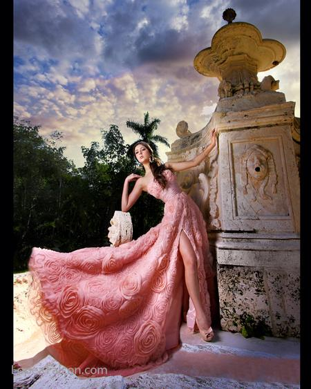 QUINCE PICTURES AT VIZCAYA QUINCEANERA DRESSES MIAMI