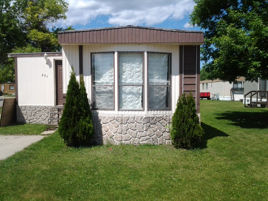 Small One Bedroom Mobile Homes Two Bedroom Mobile Homes For Sale