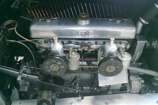 Lagonda engine, classic cars SW france, historic cars