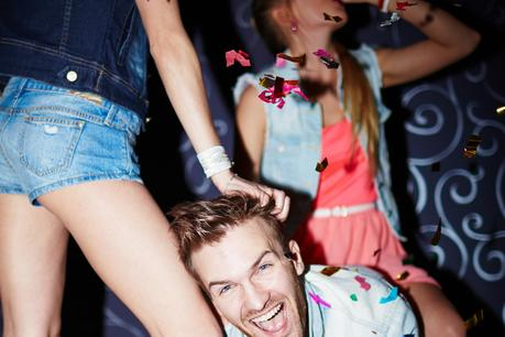 "<img src=""BachelorPartyHairPull.jpg"" alt=""Bachelor party in Nashville guy dancing with girls"">"