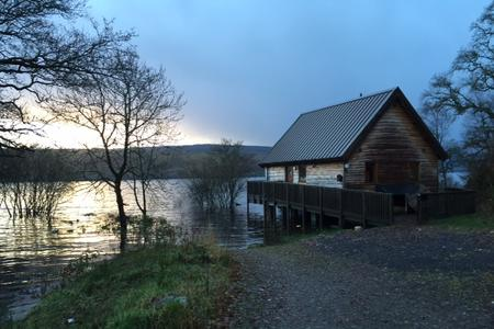 Log cabins scotland log cabins with hot tubs luxury Log cabins with hot tubs scotland