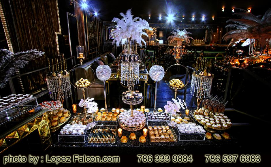 Great Gatsby themed Cake Quinceanera 1920's quinces great gatsby themed Table centers dresses Great Gatsby Quinceanera Photo Shoot The Great Gatsby Custom Great Gatsby Quince cakes Great Gatsby Themed