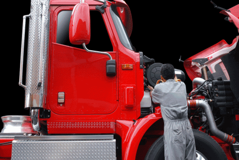 Semi-Truck Repair Services and Cost in Omaha NE | FX Mobile Mechanic Services