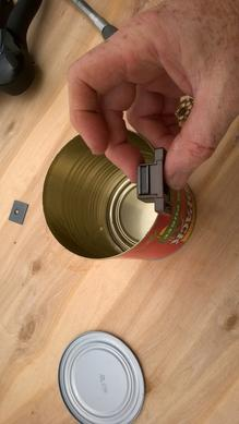 DIY Secret Hidden Can Safe. Uses magnets to secure lid. www.DIYeasycrafts.com