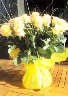 Yellow Rose Hand Tied Bouquet | florist order flowers online flower bouquets