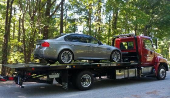 TOW TRUCK SERVICES WEEPING WATER