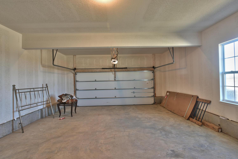 2 Bedroom Story Units Lower Level Single Car Garage With Coat Closet Kitchen Pantry And Granite Countertops Dishwasher Range Garbage