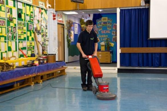 Best School Cleaning Services and Cost in Omaha NE | Price Cleaning Services