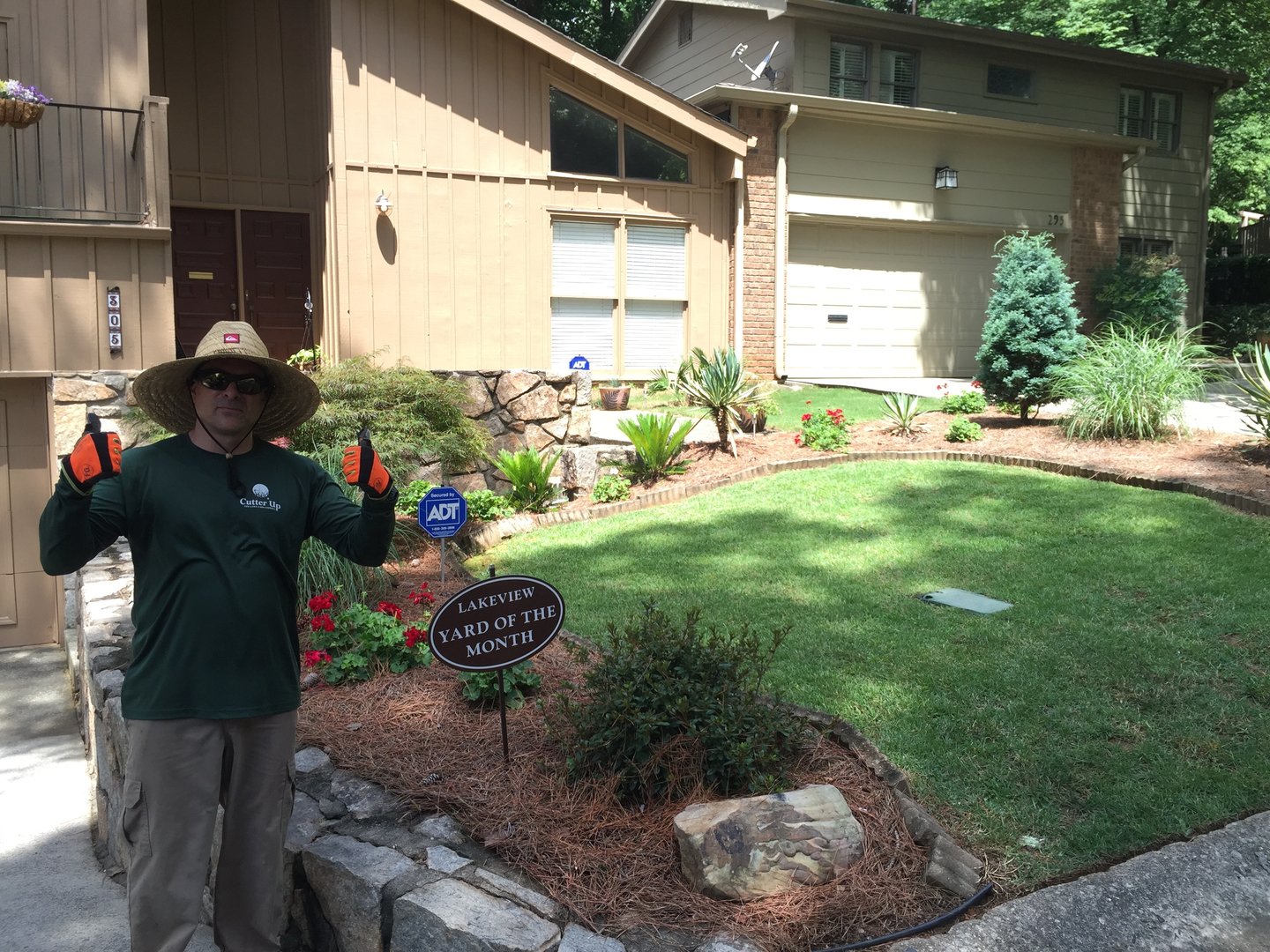 lawn care services lawn maintenance service cutter up roswell ga