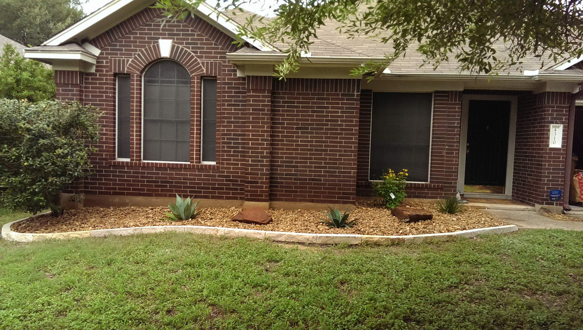 landscaping design backyard landscaping ideas austin clean and