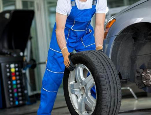 FLAT TIRE CHANGE SERVICE SERVICES OMAHA NE