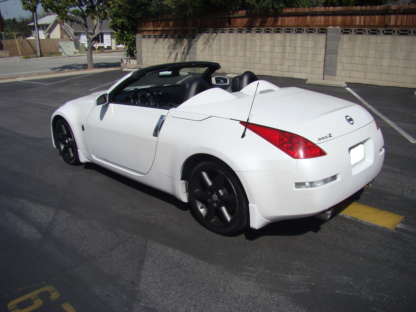 2006 nissan 350z silverstone roadster please contact us via the link above with any and all questions vanachro Choice Image