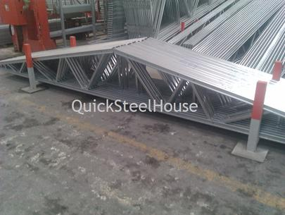 Steel roof trusses of the prefabricated houses