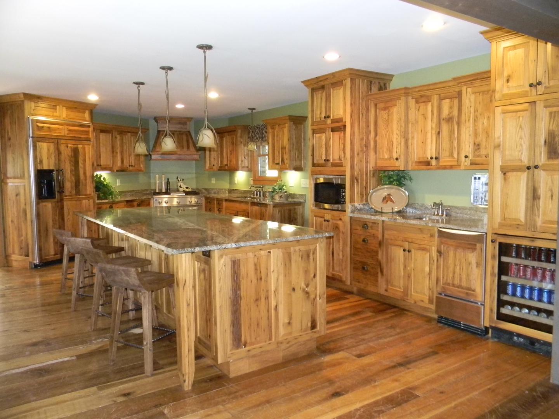 Wormey chestnut kitchen cabinets kitchen design ideas for Chestnut kitchen cabinets