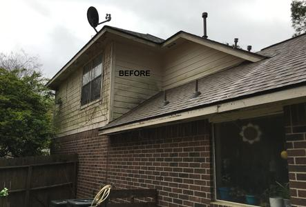 low pressure washing a home in Magnolia TX. Before photo.