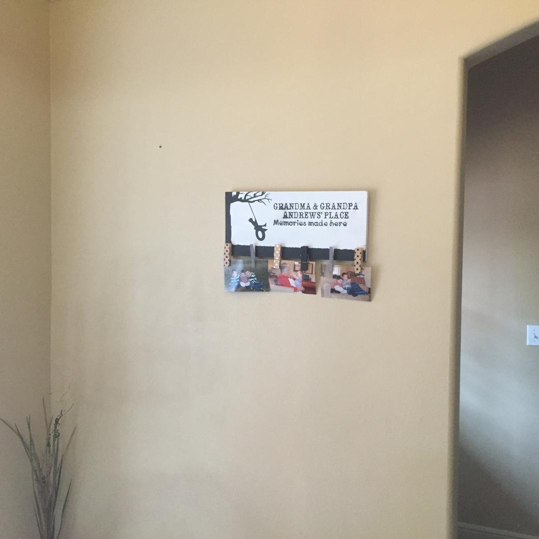 Dcor clothespin sign amipublicfo Gallery
