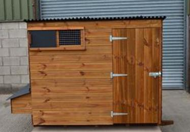 Traditional walk-in poultry house available from Chickenfeathers