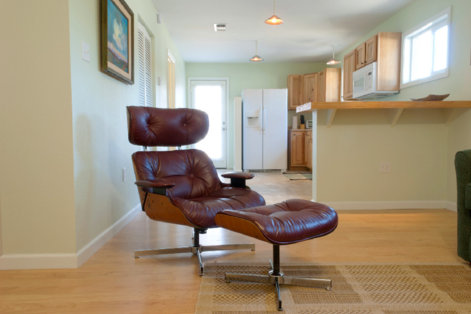 Overview of the Salon at Blan's House, a furnished, short-term, one-bedroom corporate-rental apartment in Victoria TX