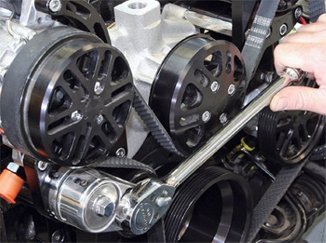 How Much Is A Serpentine Belt >> Mobile Serpentine Belt Replacement Service From Mobile Auto