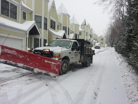 SNOW PLOWING SERVICES OMAHA