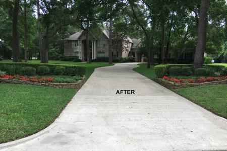 Driveway Pressure Washing in Tomball TX after
