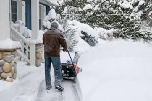 7/24 SNOW REMOVAL SERVICES SNOW PLOWING AND COST HICKMAN NEBRASKA LINCOLN HANDYMAN SERVICES