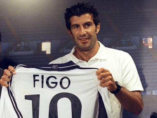 Luis Figo joins Real Madrid